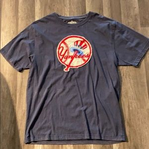 New York Yankees Distressed T-shirt